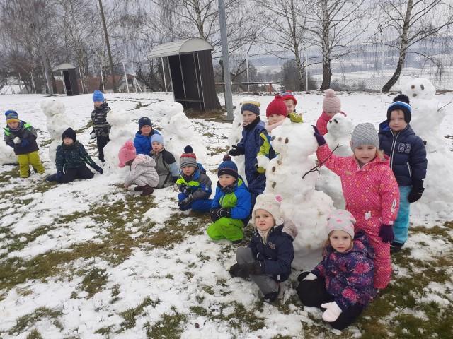 Snežaki v vrtcu
